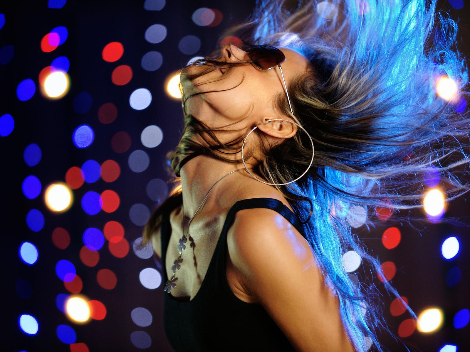 Сайт где девушки танцуют онлайн 18 фотография