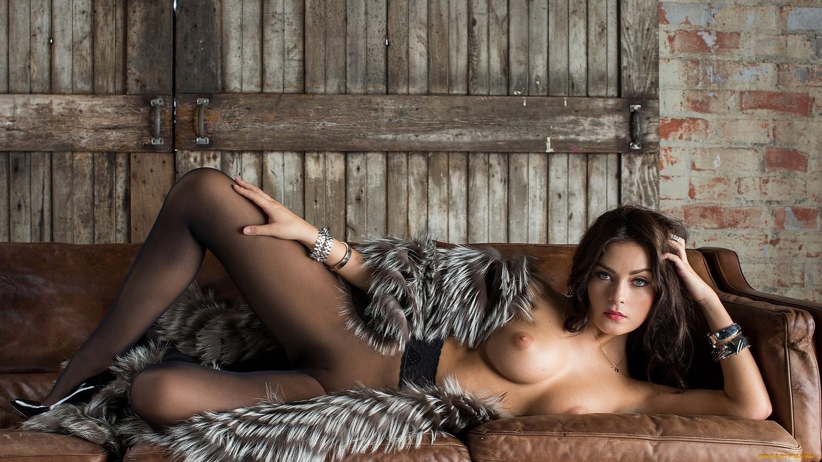 Секс в шубах и мехах