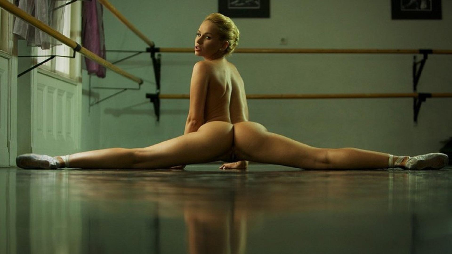 Фото девушек голых гимнасток