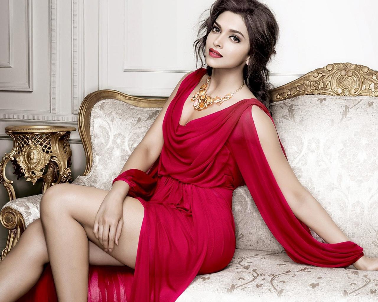 Эротичиский фото индиский актрисы 26 фотография