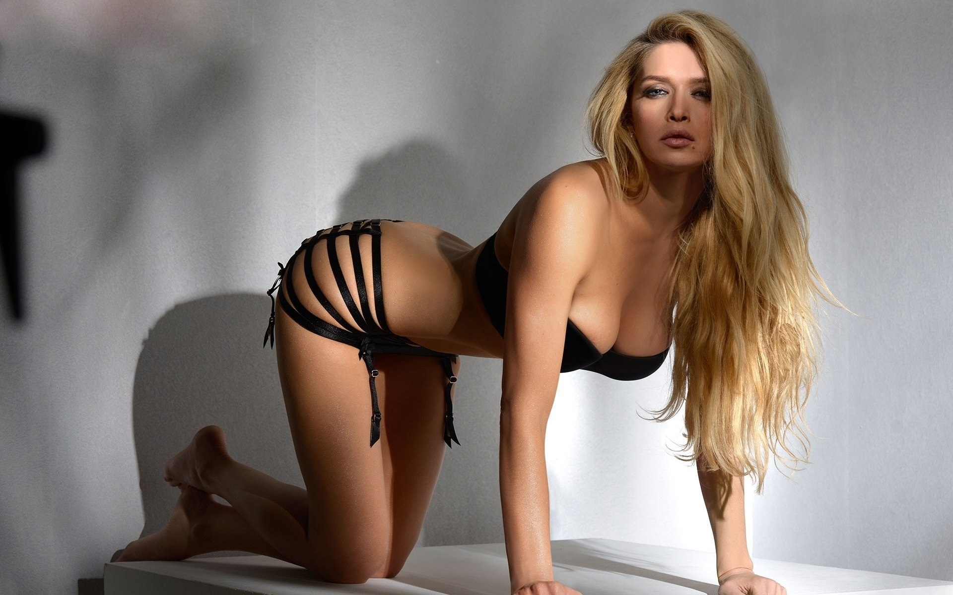 узбекская певица трахается дома - смотреть это порно ...