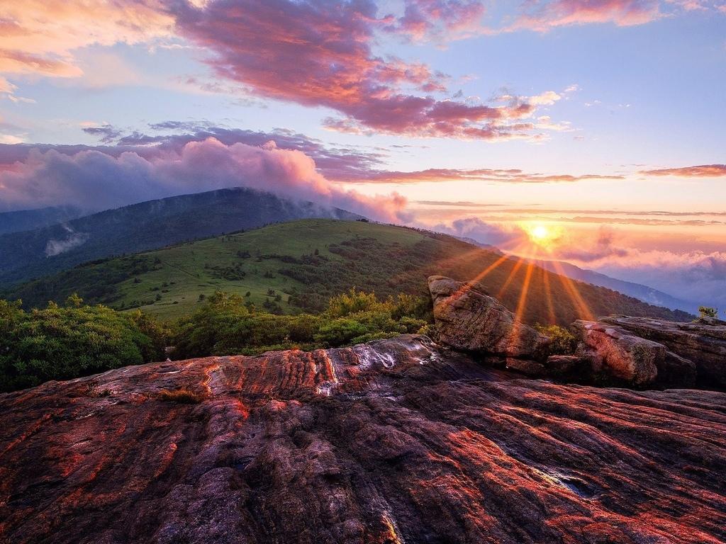 горы, облака, солнце