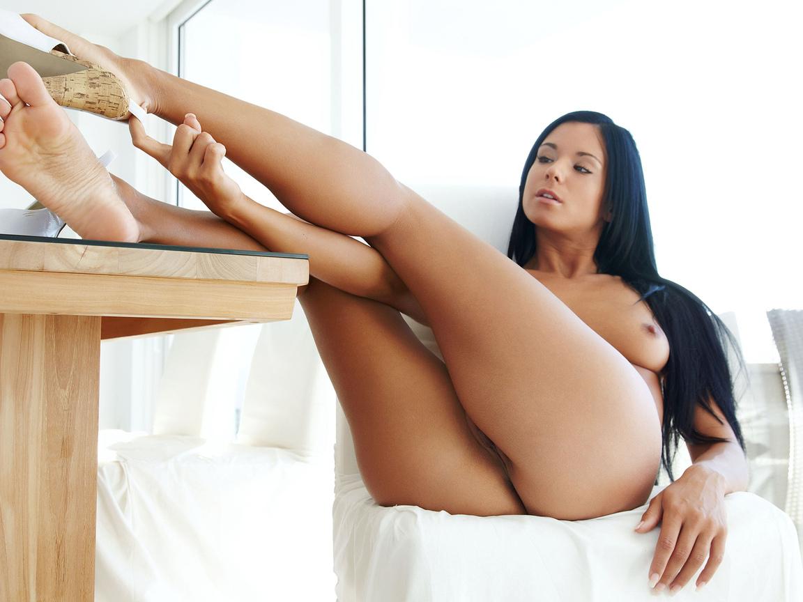 голая, красивая, ноги, грудь, киска