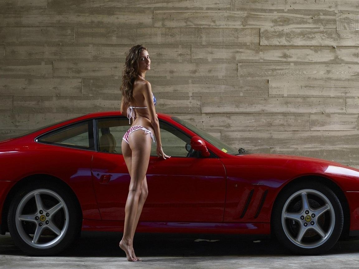 девушка, красавица, прелесть, киця, ножки, авто, красное спортивное феррари