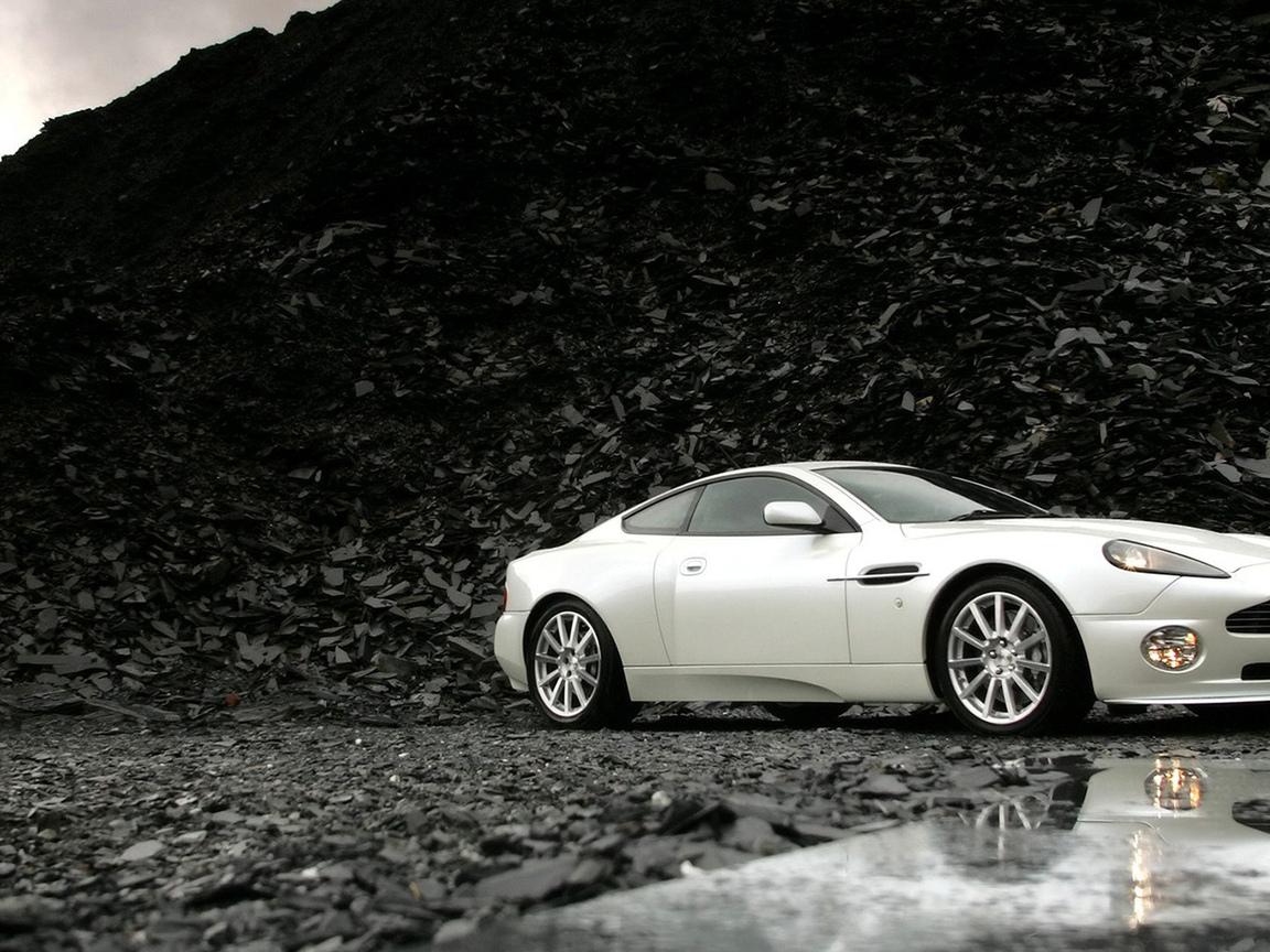 авто, белая, на берегу, камни, вода