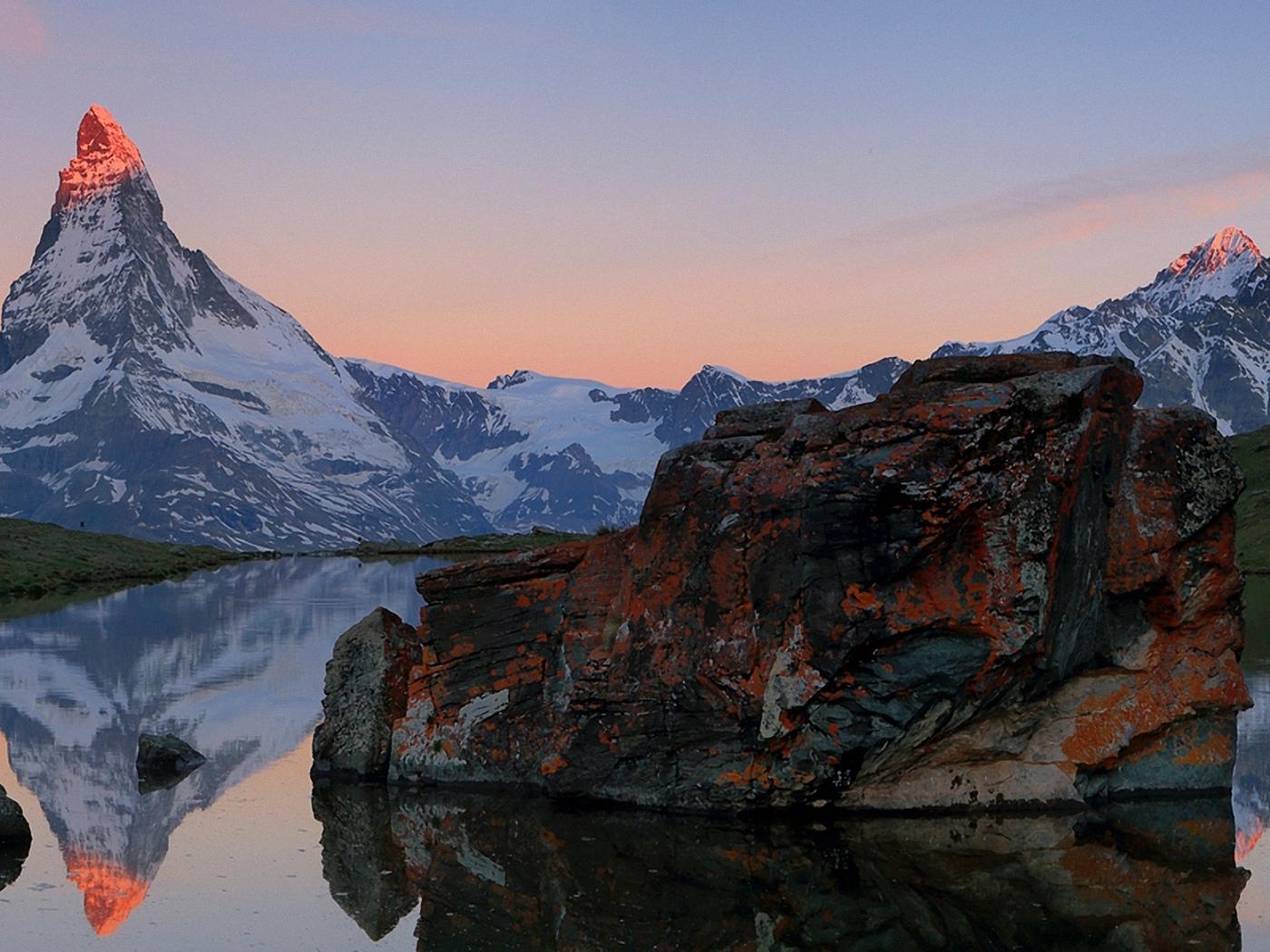 природа, горы, река, камни, проф работа, утро