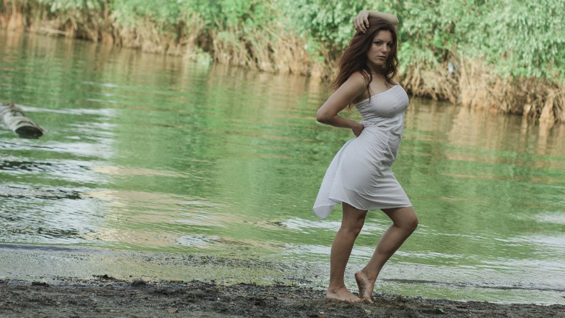 красавица, прелесть, бикини, ножки, попа, модель, природа, грудь, киця