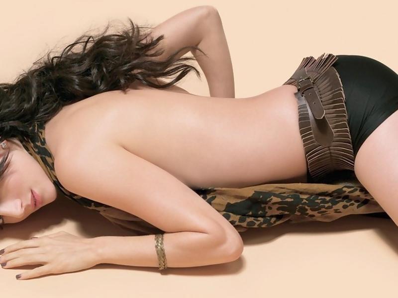 девушка, лежит, красивая, поза, волосы, лицо, в тручиках