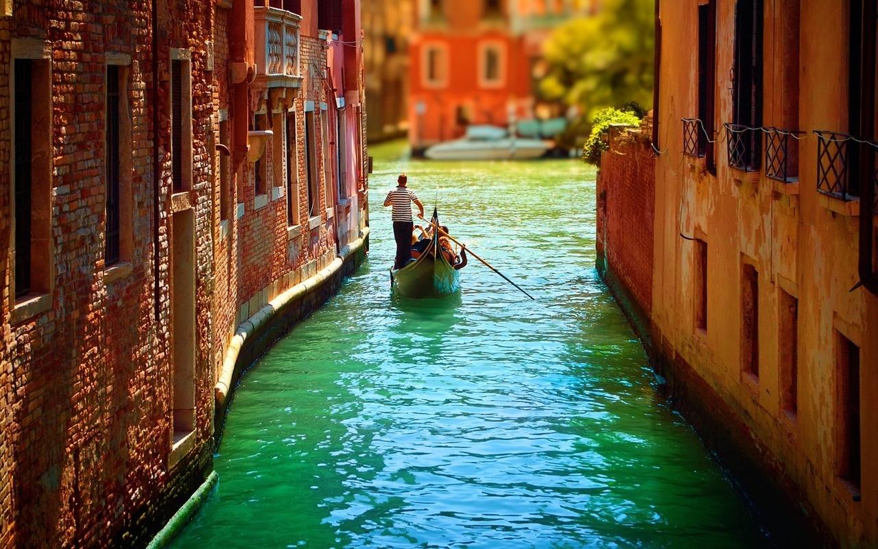 город, на воде, лодка, люди, италия