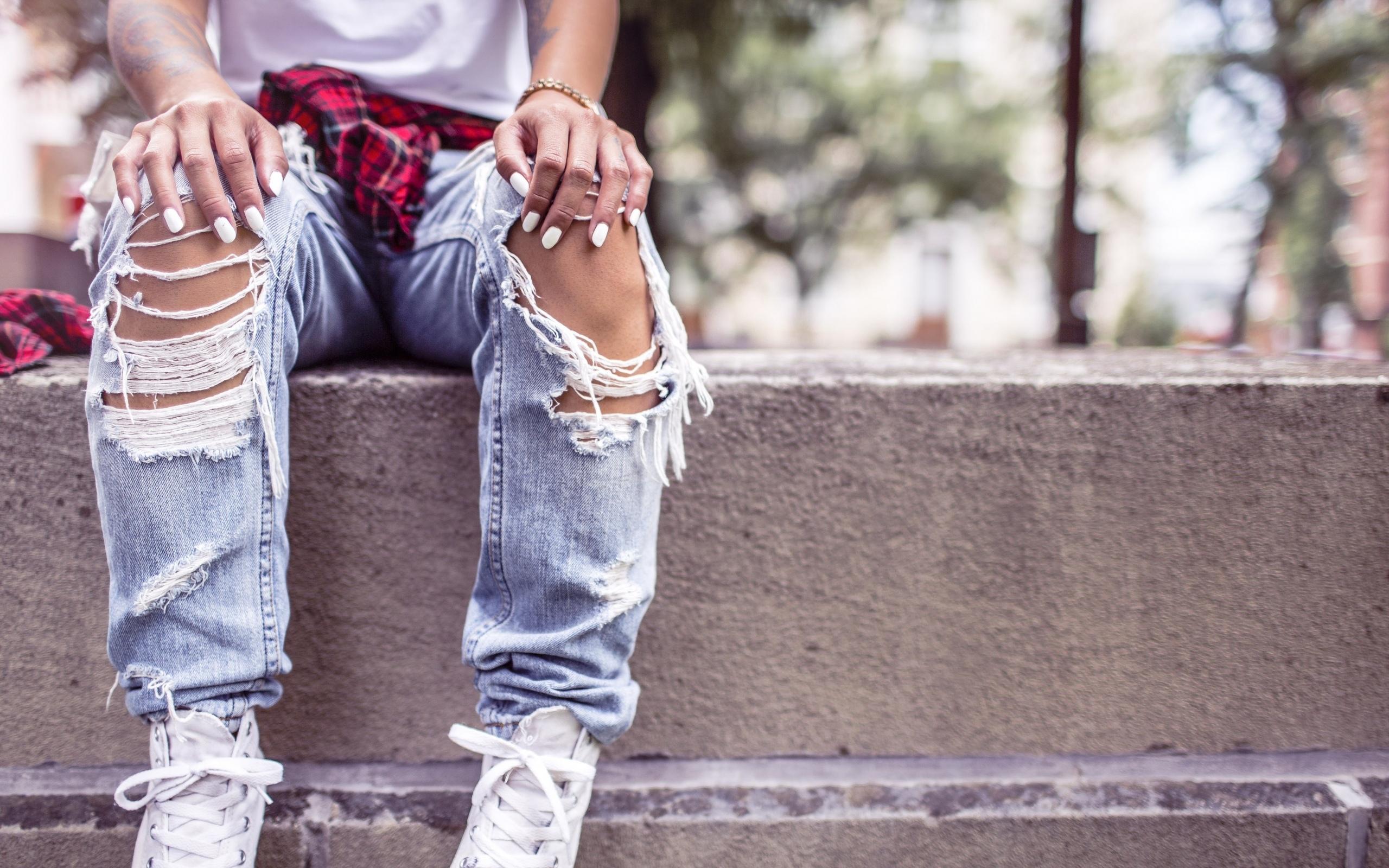 девушка, джинсы, креатив
