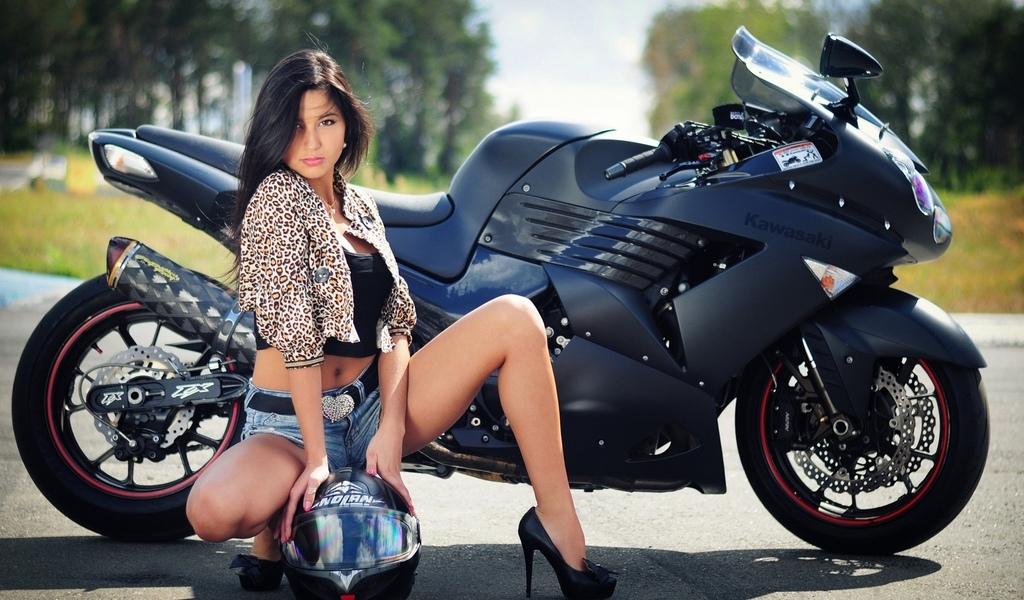 kawasaki, мотоцикл, велосипед, женщины, ноги, брюнетка, шлем