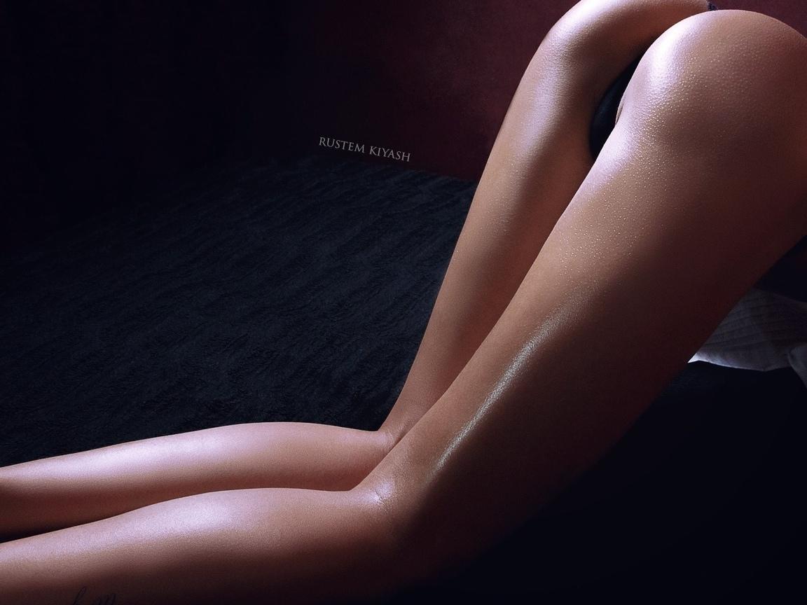 женщины, согнувшись, задница, масло для тела, брюнетка, трусики, тату, pустем kiyash, бедра, ноги, без бюстгальтера