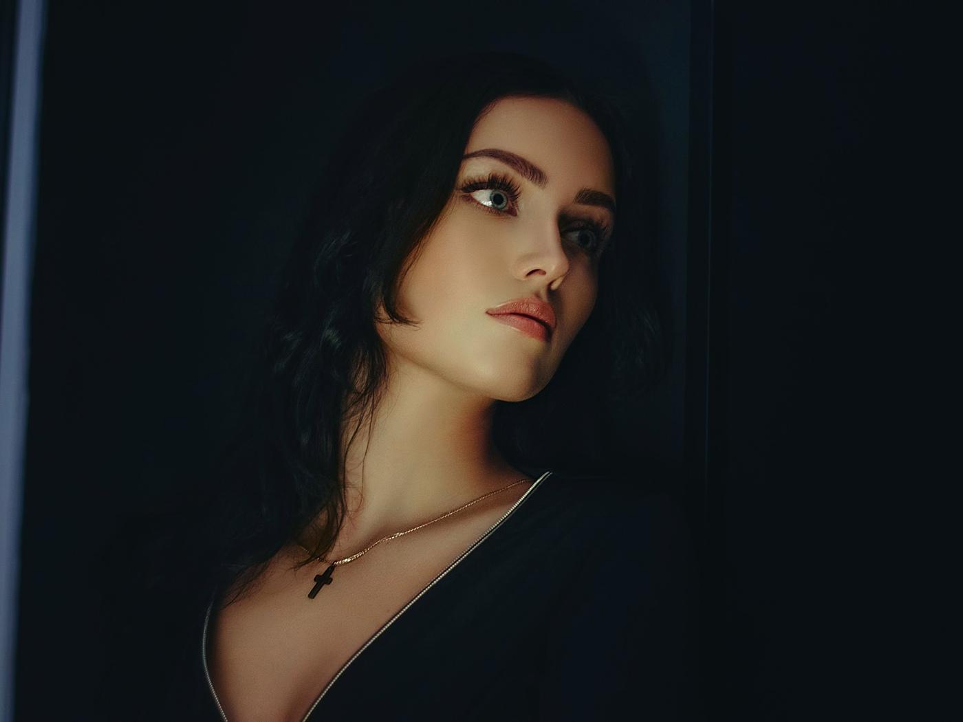 kseniya kalinovskaya, женщины, лицо, портрет, глядя, ожерелье, зеленые глаза, черные волосы