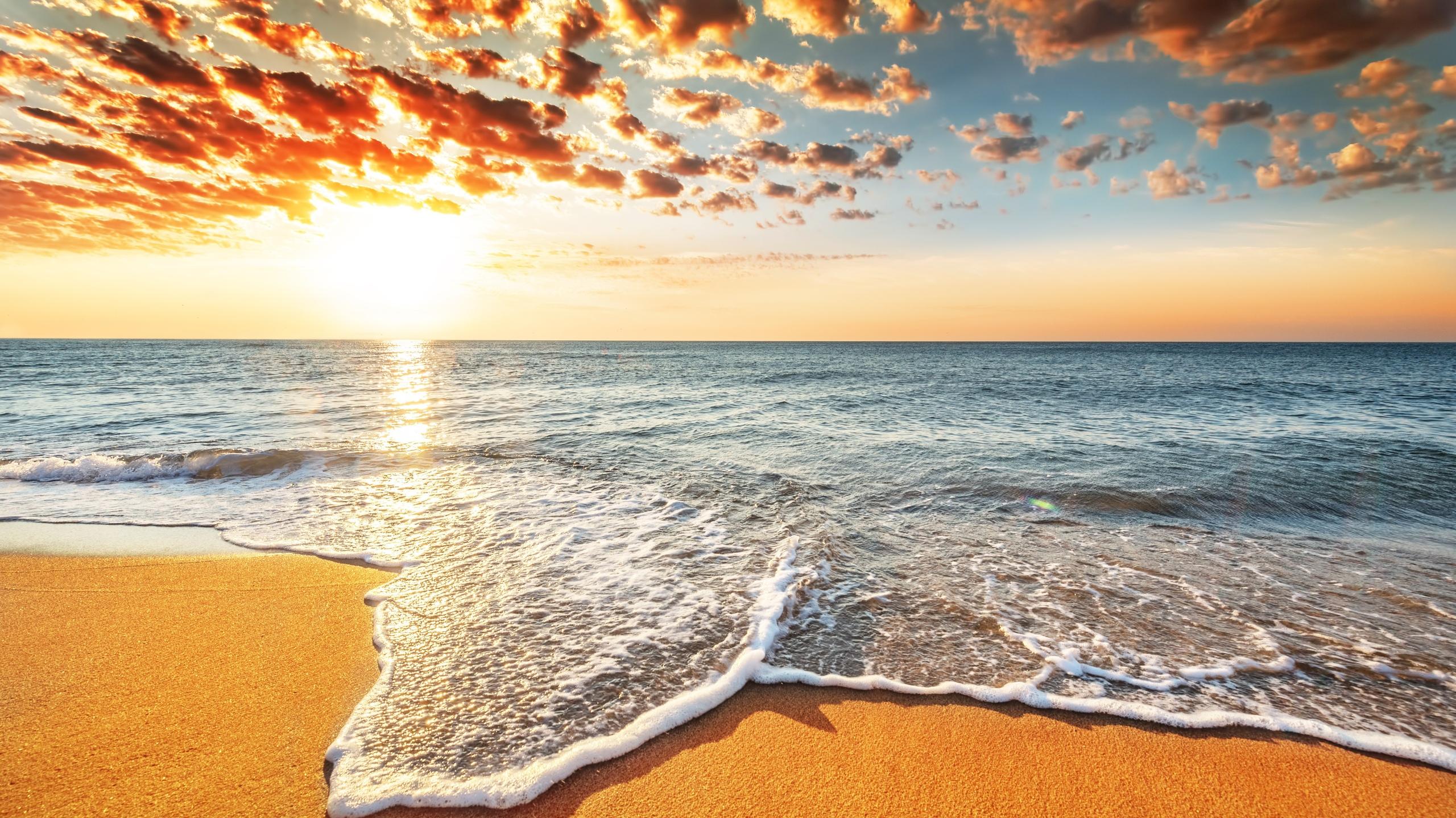 море, солнце, облака