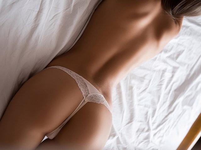 девушка, модель, позирует, тело, попка, трусики